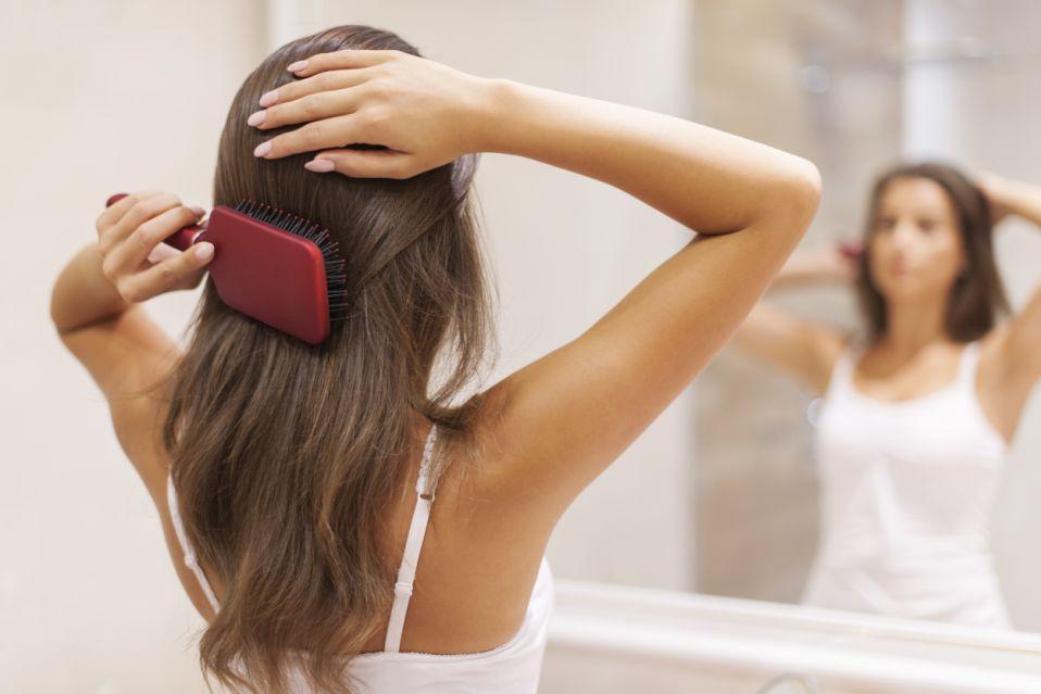 Как отличить нормальное выпадение волос от неправильного