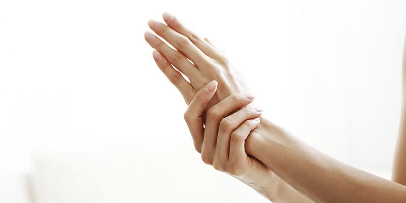 Руки и возраст. Как защитить руки от старения?